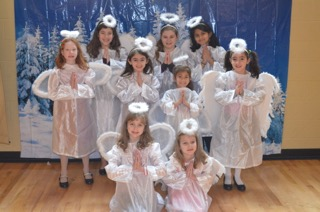 St Anna Christmas Pageant - Angels